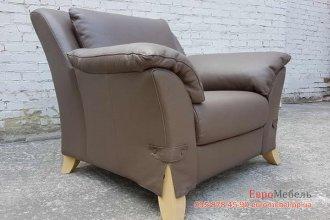 Кожаное кресло для отдыха