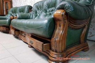 Шикарный кожаный комплект мебели